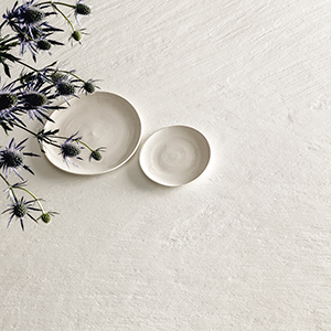 Das neue Ardesia a Spacco - Keramische Platten mit haptischer Sinnlichkeit